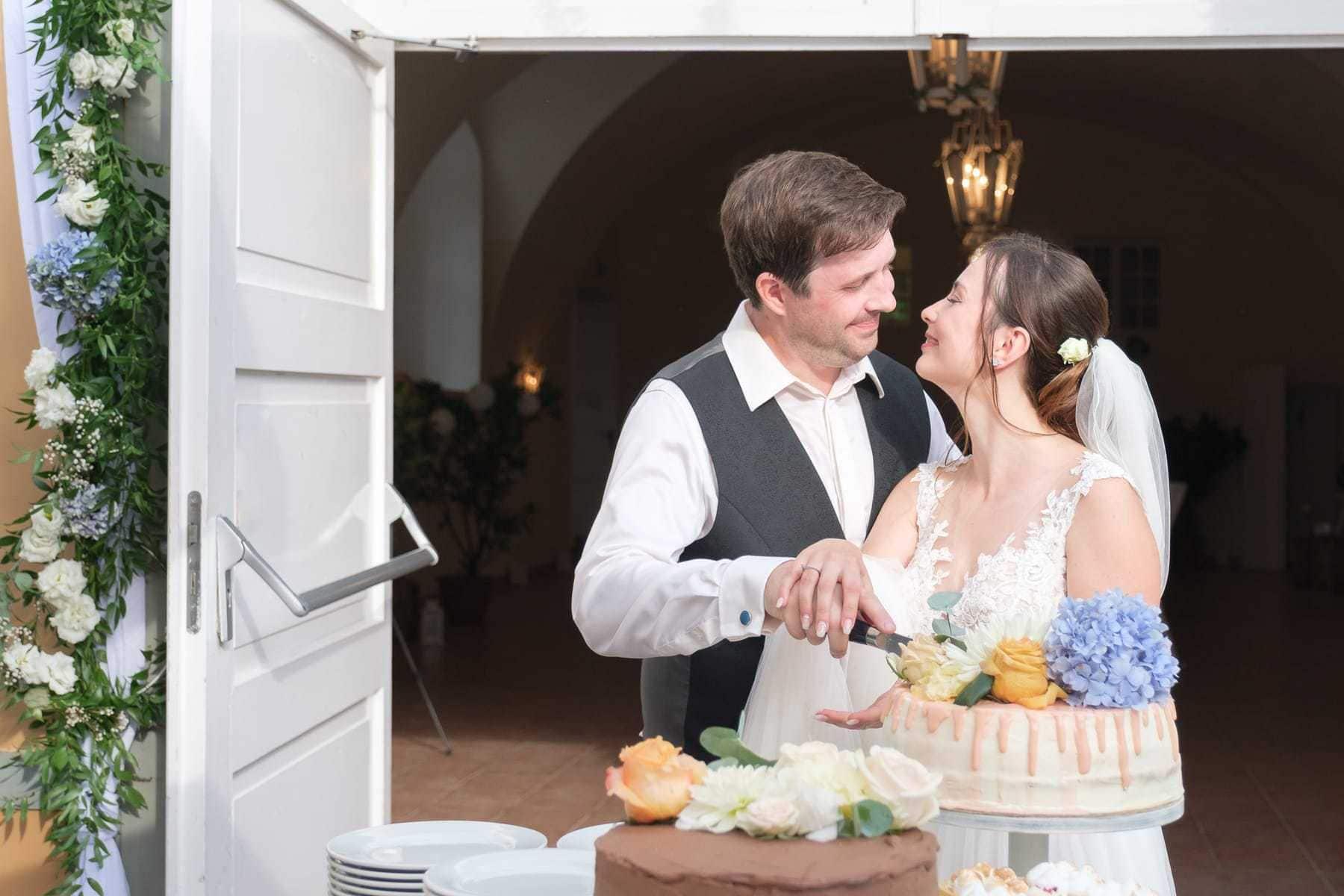 Hochzeit Tortenanschnitt