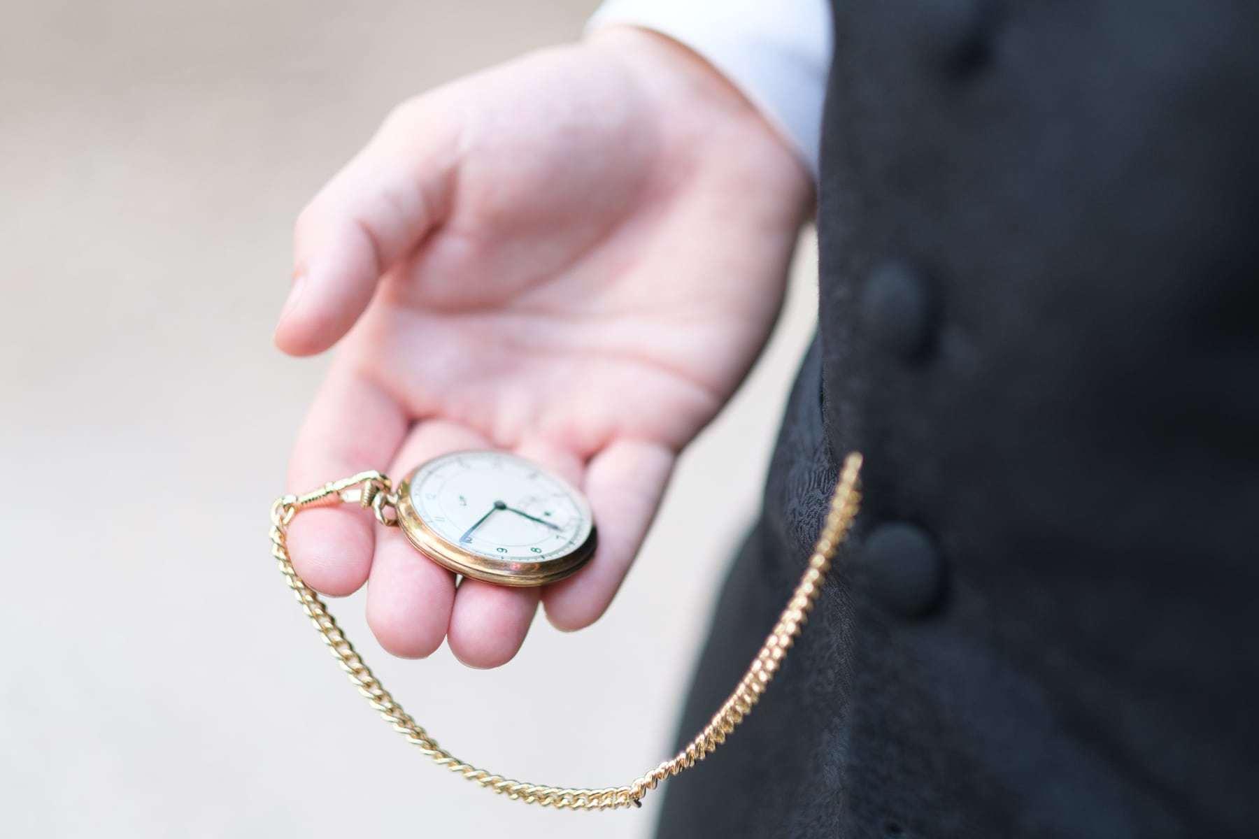 Bräutigam Details Taschenuhr