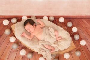 Neugeborenen Fotografie Lichterkette Schifferl