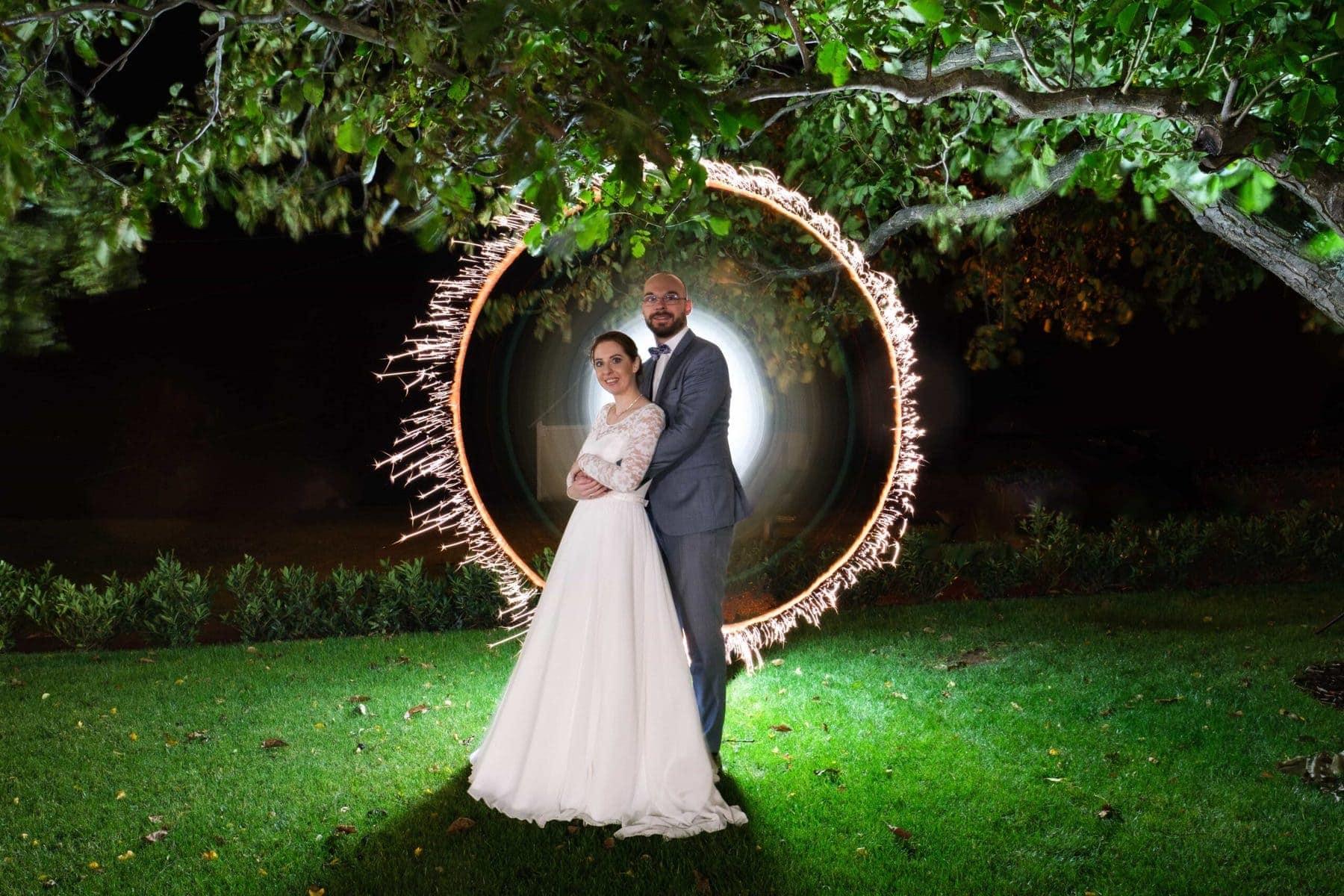 Special Moments Light mit Brautpaar am Abend