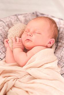Neugeborenen und Baby Fotografie